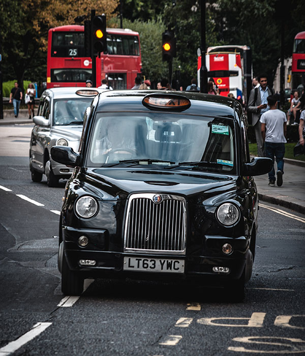 Hounslow Minicabs Hotel transfers service